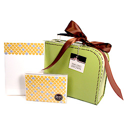 mustard scallops suitcase set
